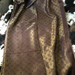 Authentic Louis vuitton scarf brown